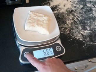 A Kitchen Scale That Pulls Its Weight
