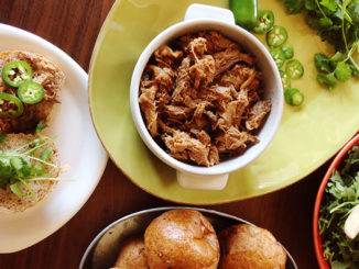 Spicy Slow Cooker Pulled Pork Sandwiches