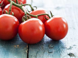 Kitchen Hack: Tastier Tomatoes