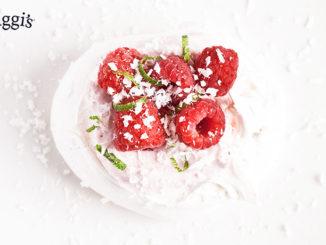 Raspberry Meringues