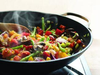 Kitchen Kersplat: Tips to Reduce the Splatter