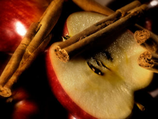 Baked Cinnamon Apple Chips Made Easy With a Mandoline