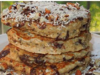 Chocolate Almond Oatmeal Pancakes