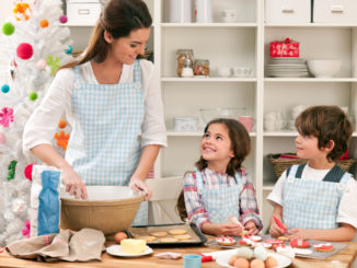 5 Holiday Traditions to Start in the Kitchen
