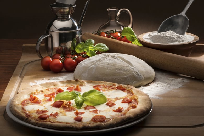 Get a healthier pizza on the dinner table food for Table 5 pizza