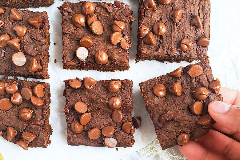 Fudgy Flourless Black Bean Brownies - Food & Nutrition Magazine - Stone Soup