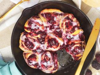 Skillet Blackberry Sweet Rolls - Food & Nutrition Magazine - Stone Soup