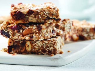 Cannellini Cashew Breakfast Bars | Food & Nutrition Magazine | Volume 10, Issue 1