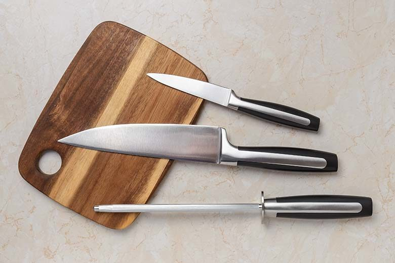 Knives: Sharpen Your Knowledge from Blade to Block | Food & Nutrition Magazine | Volume 9, Issue 5