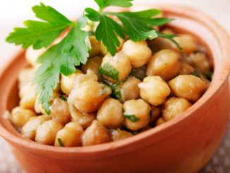 From Skeptics to Fans: Introducing WIC Clients to Chickpeas