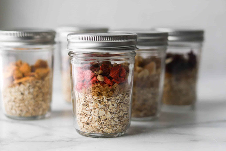 Instant Oatmeal in a Cup - Food & Nutrition Magazine - Stone Soup