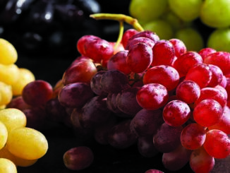 Savor: Grapes | Food & Nutrition Magazine | Volume 9, Issue 5