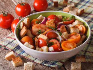 Stone Soup Vlog: Panzanella Salad