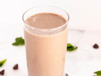 Healthy Thin Mint Shake - Food & Nutrition Magazine - Stone Soup