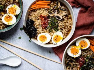 Quick Vegetarian Ramen - Food & Nutrition Magazine - Stone Soup