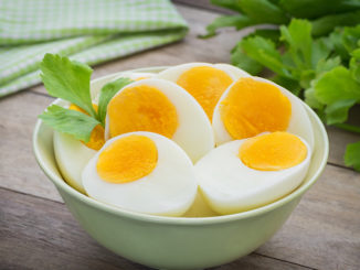 Boiled eggs in bowl