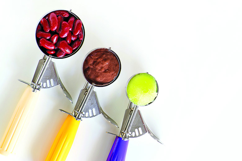 Three sizes of disher scoops