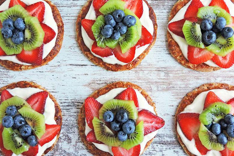 Super-Duper Fruit Pizzas - Food & Nutrition Magazine - Stone Soup