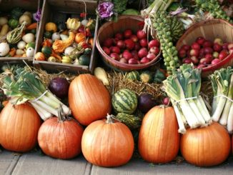 7 Reasons to Check Out Your Local Farmers Market | Food & Nutrition | Stone Soup