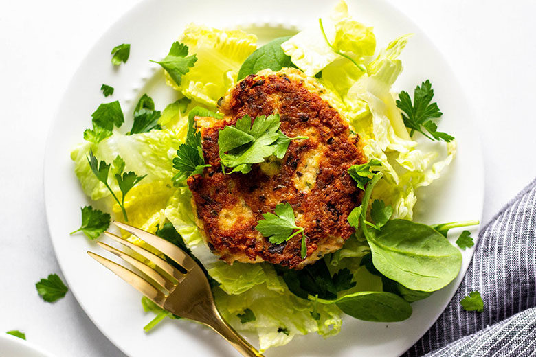 Salmon Burgers - Food & Nutrition Magazine - Stone Soup