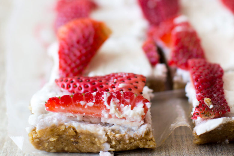 """No-Bake Red, White and Blue """"Flag"""" Cookies 